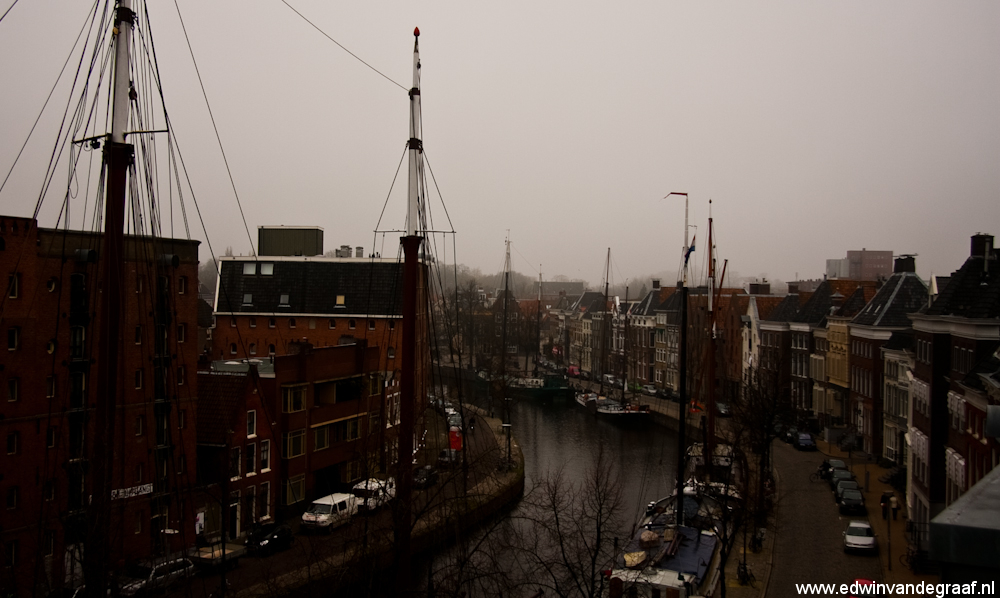 boten in de gracht richting reitdiep